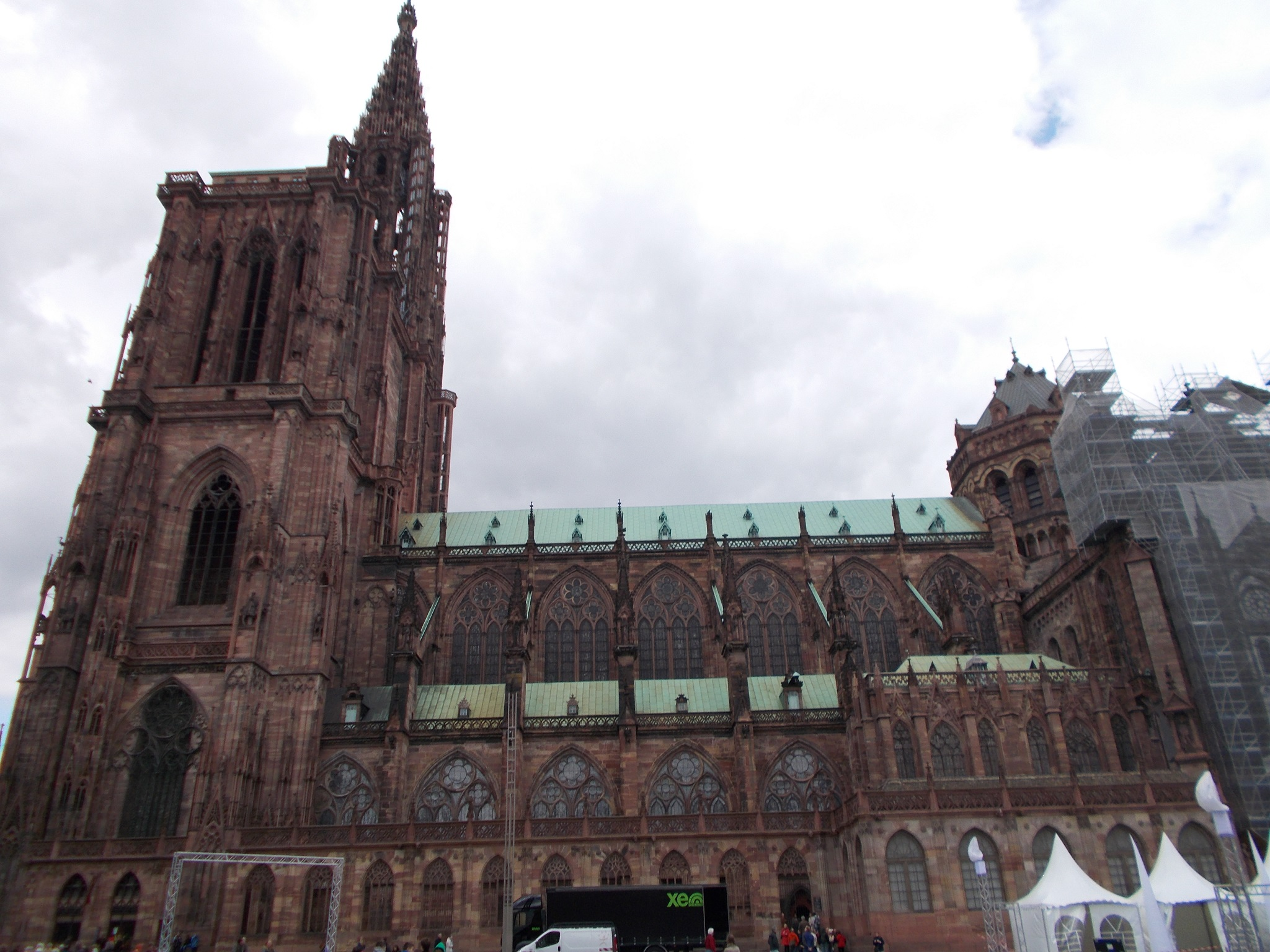 A large cathedral, photographed from the side.